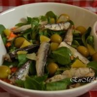 Ensalada de sardinillas picantes y cítricos