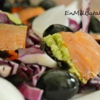 Ensalada de lombarda y salmón ahumado