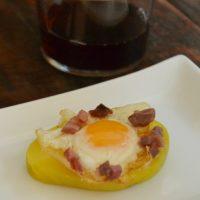 Bocaditos de patata y huevo de codorniz