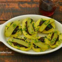 Patatas con olivada negra